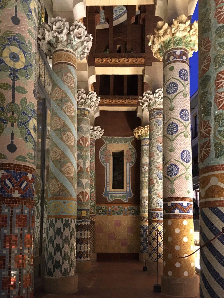 Palau de la musica catalana, uno dei 7 luoghi insoliti di Barcellona