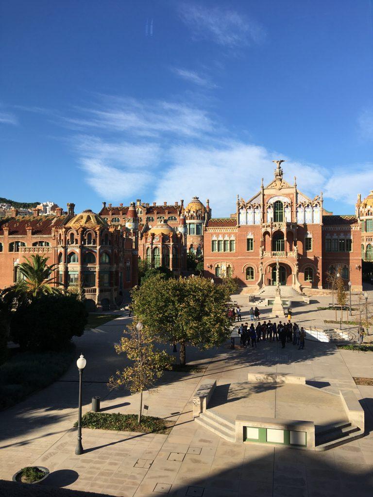 Hospital de San pau, uno dei 7 dei luoghi insoliti a Barcellona