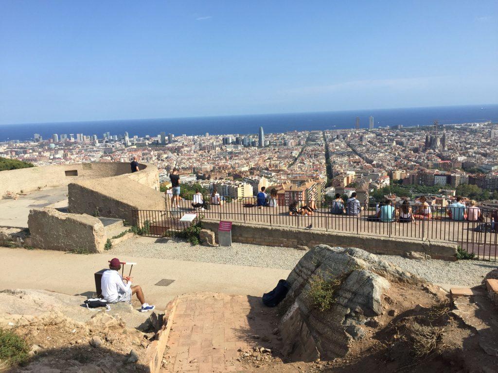 Vista di barcellona dal bunker del carmel, uno dei 7 luoghi insoliti della città